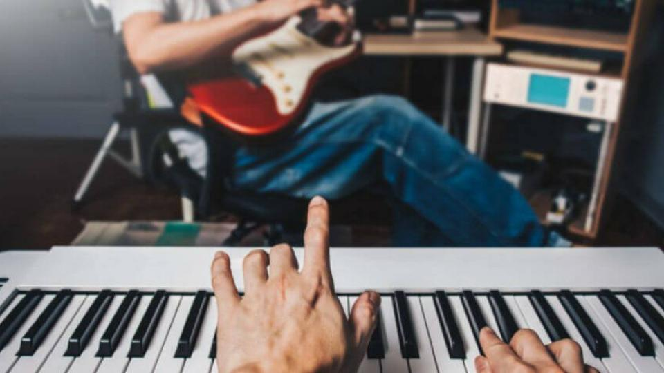 Understand More About Piano or Guitar