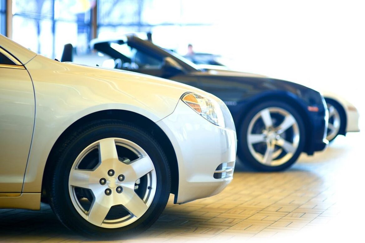 Reasons why some car enthusiasts prefer buying used car